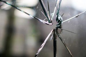 glass-1497231_1280